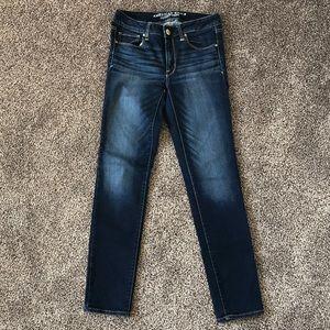 🐈 American Eagle Skinny Jeans High Rise Dark Wash